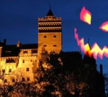 Castelul-Bran-Helloween-400x254